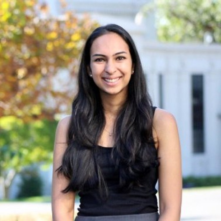 Spandana Singh Headshot